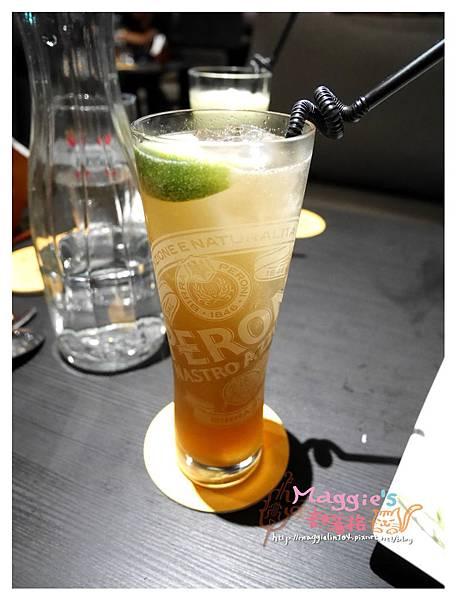 Elfin Restaurant & Lounge (17).JPG