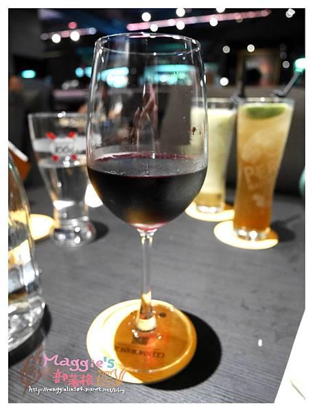 Elfin Restaurant & Lounge (18).JPG