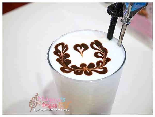 Oyami Caf'e (22).JPG