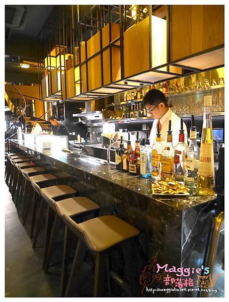 PURO PURO 西班牙傳統海鮮料理餐廳 (9).JPG