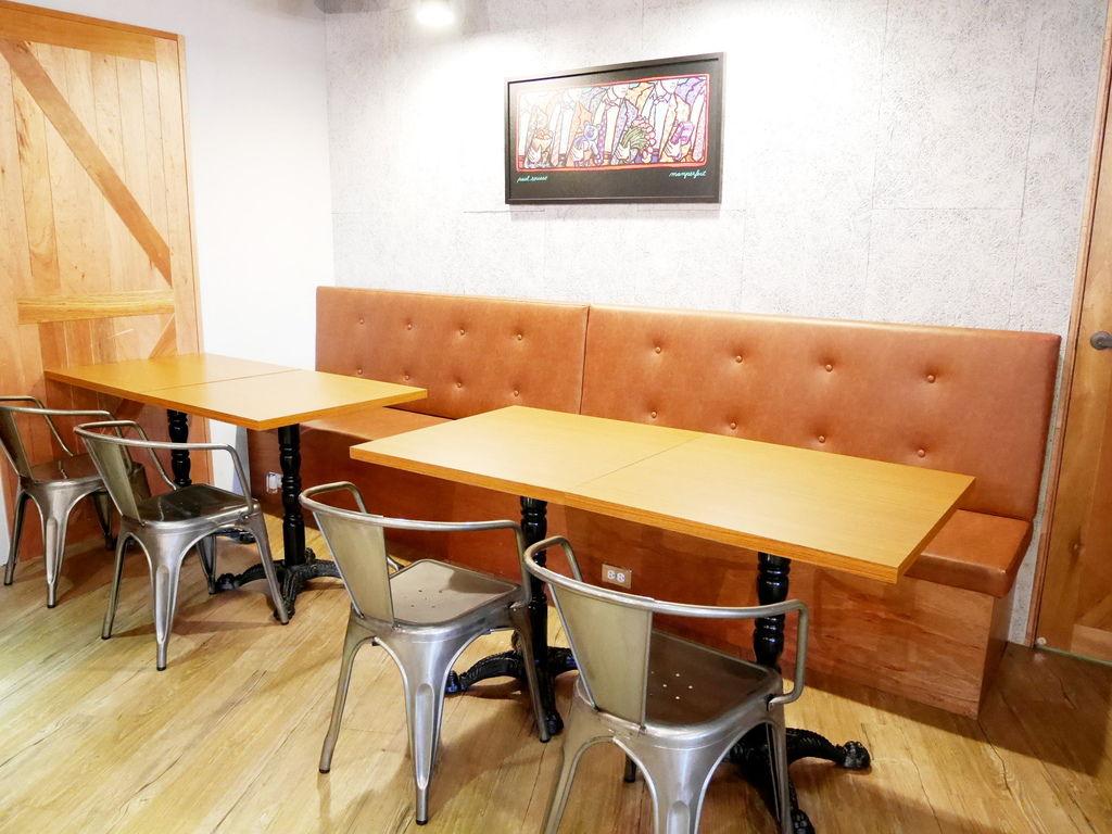 Crew Cafe (13).JPG