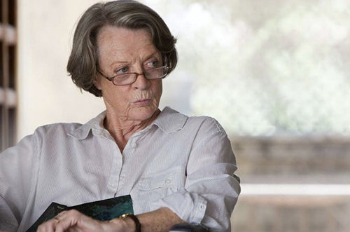 The-Best-Exotic-Marigold-Hotel-2012-maggie-smith-31043017-639-423