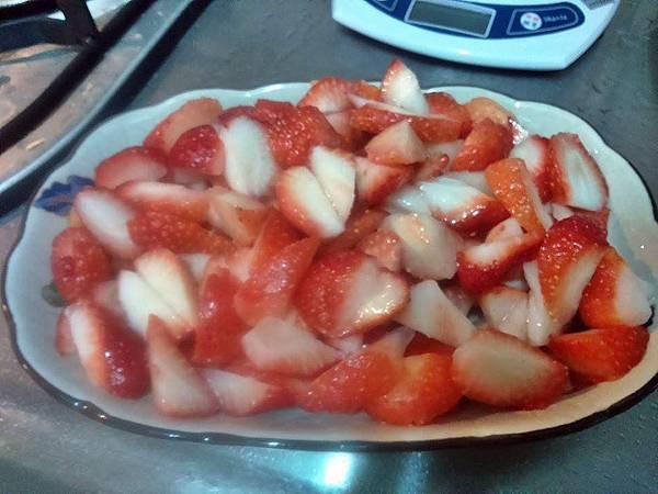草莓切片.jpg