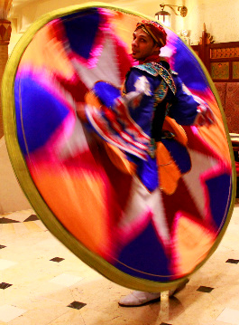 阿拉丁餐廳推出中東「迴旋之舞」