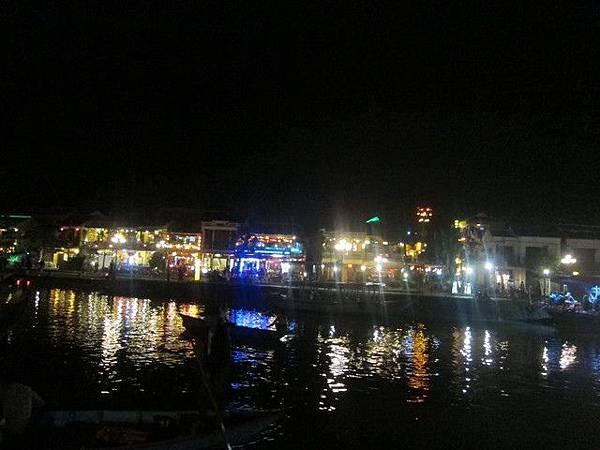 IMG_003秋盆河(Thu Bon River).jpg