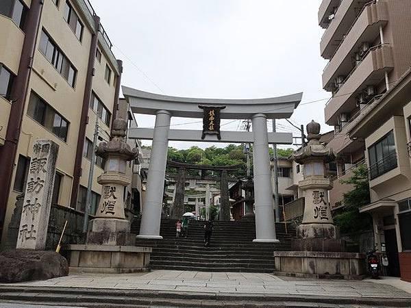 IMG_020鎮西大社諏訪神社.jpg