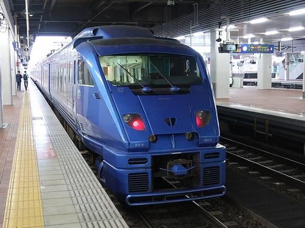IMG_001九州的JR特急Sonic音速號.jpg