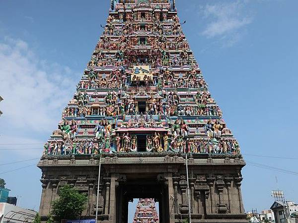 IMG_009Kapaleeswarar Temple.jpg