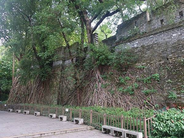 IMG_036廣州古城牆.jpg