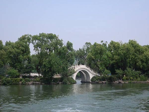 IMG_015榕湖•古榕双橋.jpg