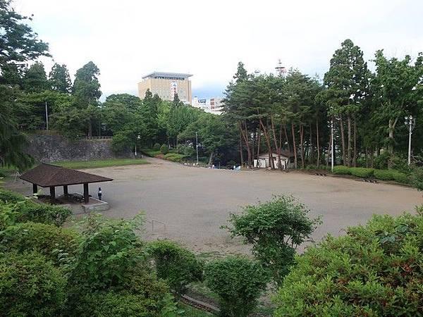 IMG_011多目的広場.jpg