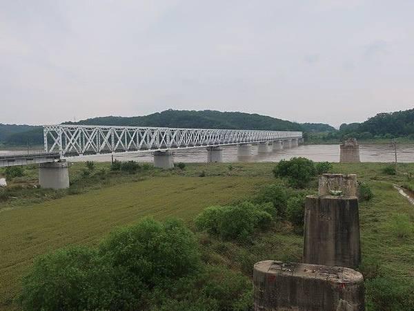 IMG_037臨津鐵橋.jpg