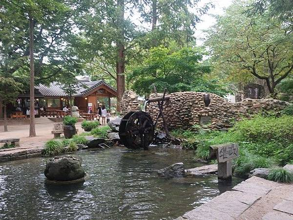 IMG_017露水再利用庭園.jpg
