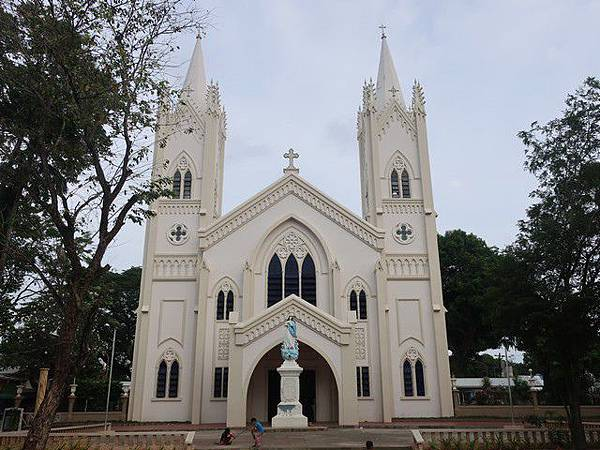 IMG_038藍教堂(Immaculate Conception Cathedral).jpg
