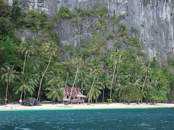 IMG_003皮纳布尤坦島(Pinagbuyutan Island).jpg