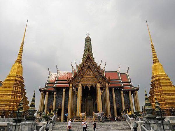 IMG_012碧隆天神殿(Prasat Phra Dhepbidorn).jpg