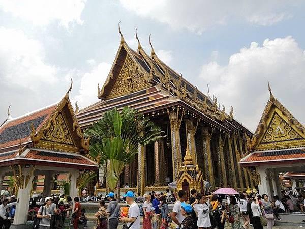 IMG_018大雄寶殿(Chapel of The Emerald Buddha).jpg