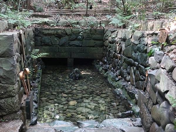 IMG_028清水舍的湧水.jpg