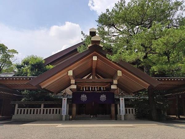 IMG_029熱田神宮神楽殿.jpg