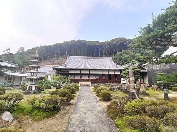 IMG_039興聖寺本殿.jpg