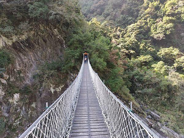 IMG_028岳王亭吊橋.jpg