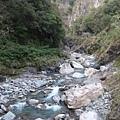 IMG_023溪流峽谷.jpg