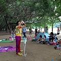 0711高雄都會公園戶外生日派對魔術汽球表演+大型泡泡表演 (1).JPG