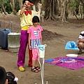 0711高雄都會公園戶外生日派對魔術汽球表演+大型泡泡表演 (4).JPG