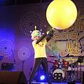 141231馬祖跨年小丑魔術汽球秀+人入大氣球表演 (4).JPG