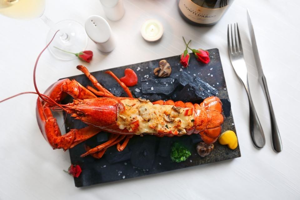 9025632378204838915-lobster.jpg