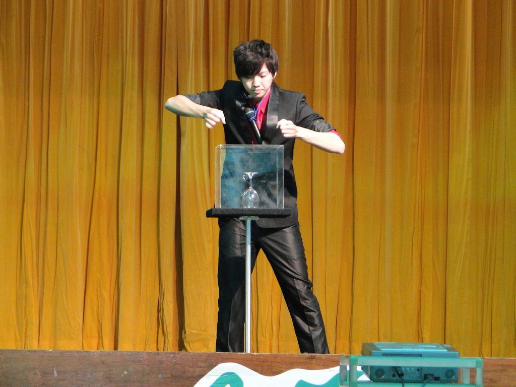嘉義大南國小、民和國小、民和國中魔術表演