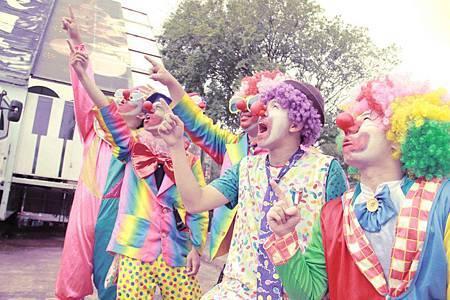 友勁科技六福村家庭日氣球小丑表演
