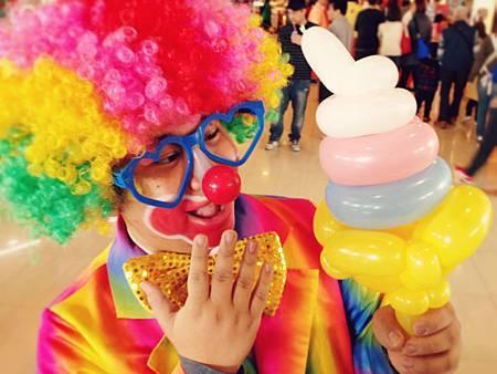 國道清水休息站 - 街頭藝人氣球小丑表演