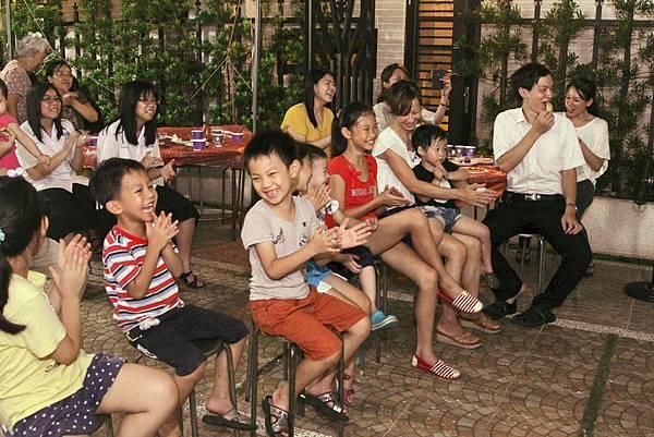 2014.09.05應權文雁社區中秋晚會魔術表演、變臉表演、小丑表演