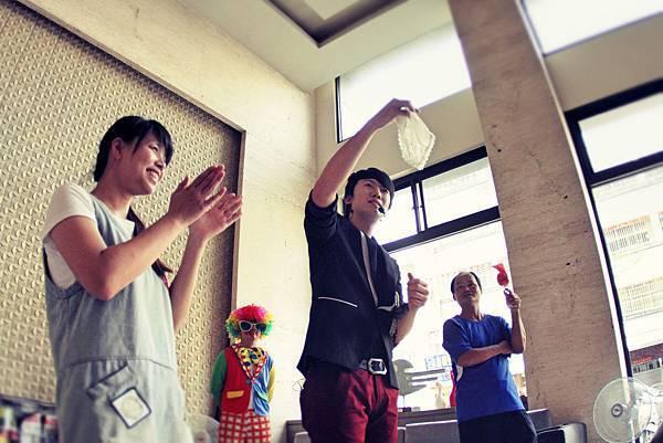 台中佳福君璽社區中秋活動魔術表演、小丑表演