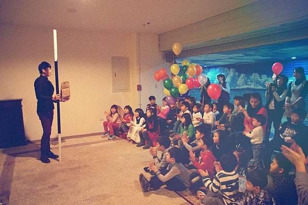 私人生日派對魔術表演、造型氣球