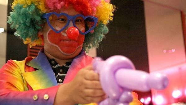 RICH19私人招待會所魔術表演、氣球小丑