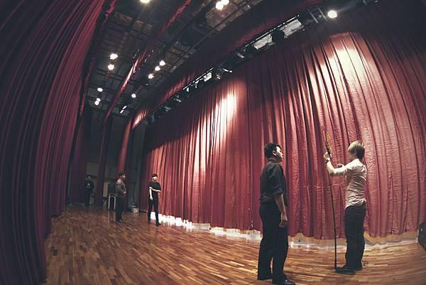 台中市政府兒童歡樂派活動魔術表演、小丑表演、人入大汽球、魔幻泡泡秀