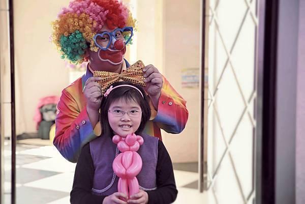 柏佳公司尾牙魔術表演、小丑表演、尾牙主持