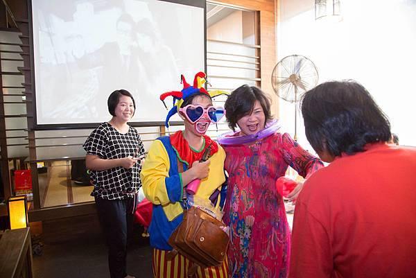 嘉郁&孟君婚禮主持、魔術表演、氣球小丑