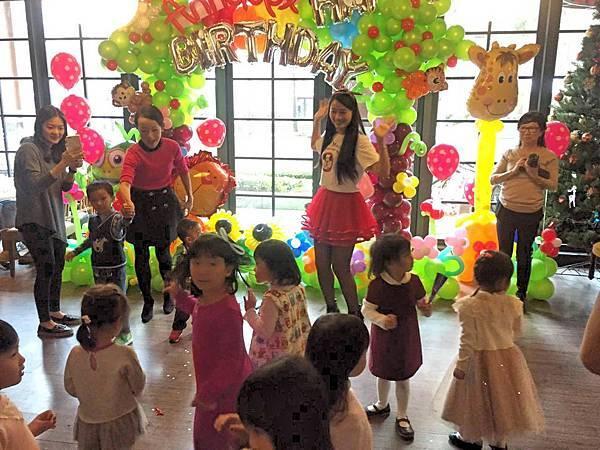 Annabel生日派對說故事姊姊、氣球小丑