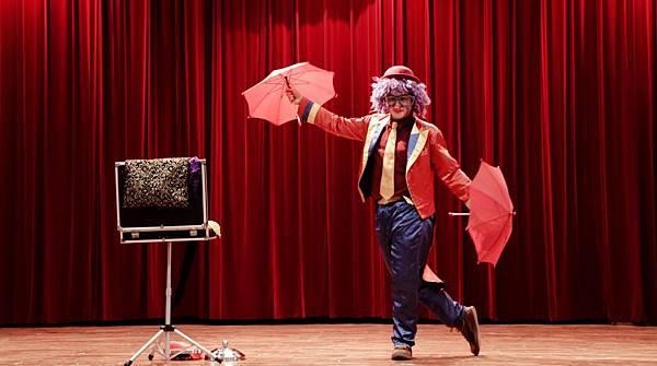 大里兒童魔幻劇場魔術表演、默劇小丑、花式溜溜球、魔幻泡泡秀