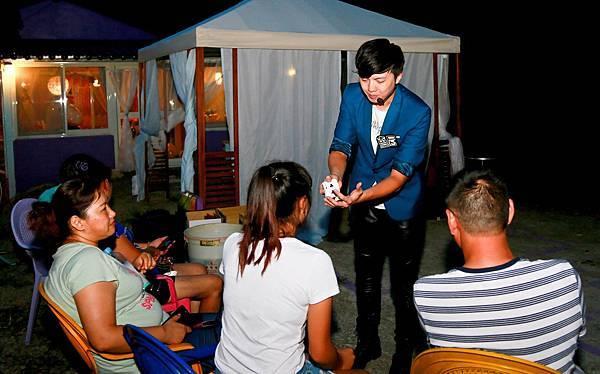 苗栗生日派對魔術表演、迎賓氣球