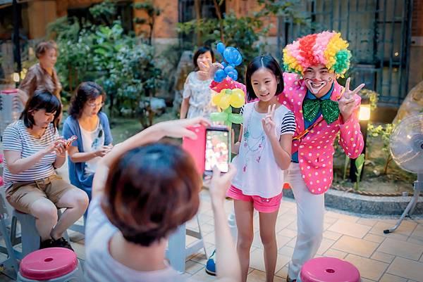 頤和園社區中秋晚宴迎賓小丑、魔術表演、樂團演唱、活動主持、川劇變臉