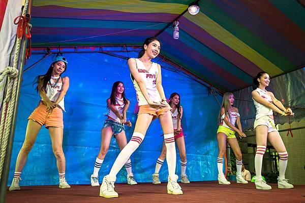 頤和園中秋晚會迎賓小丑、魔術表演、六人舞團