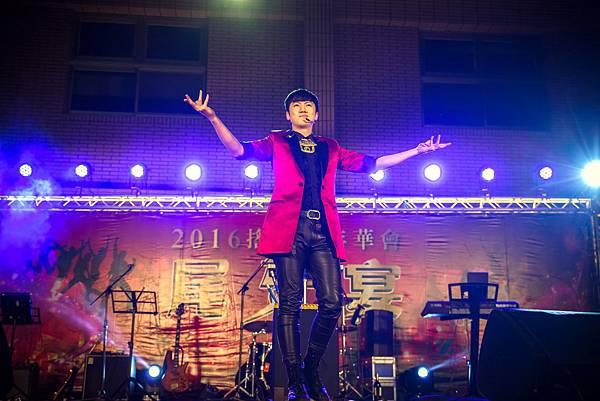 伸興工業搖滾尾牙宴辣妹熱舞、樂團表演、尾牙主持、魔術表演、跳加官