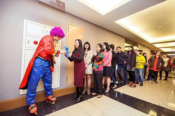 愛之味春節聯歡餐會活動主持、氣球小丑、魔術表演、魔幻泡泡秀、三人熱舞
