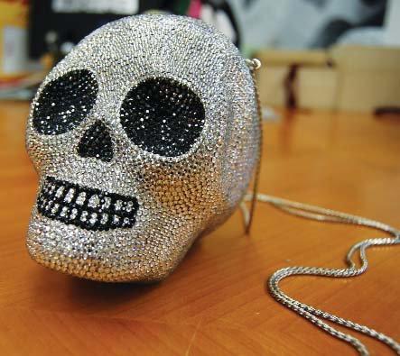 skull-bag.jpg