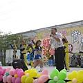 2008大寮鄉賞花節主持.jpg