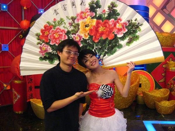 民視除夕特別節目與徐可.jpg